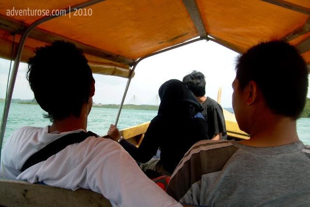 pulau bukit batam, pompong
