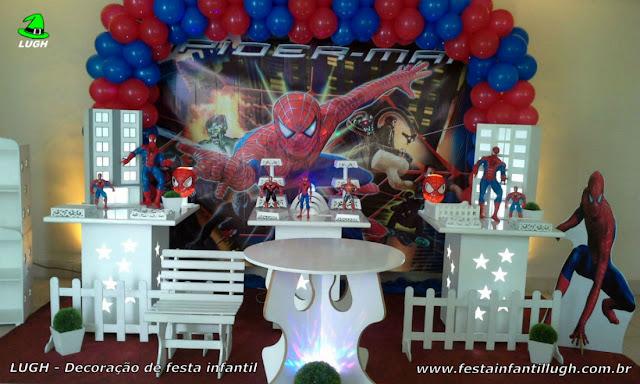 Decoração infantil provençal Homem Aranha para festa temática de meninos