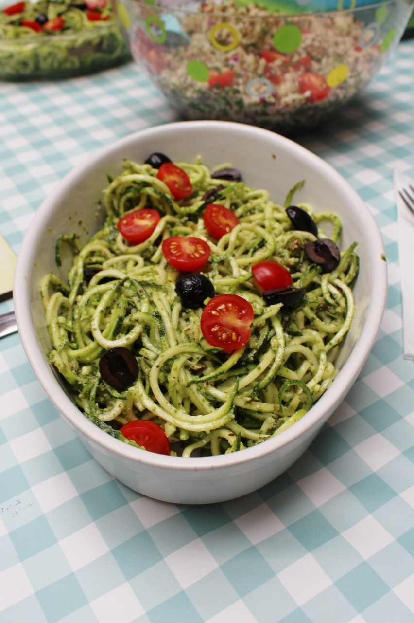 Courgetti Pesto Salad