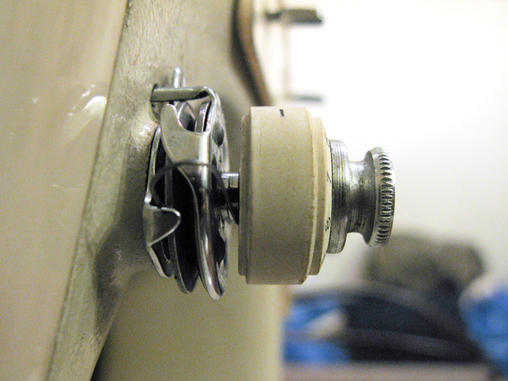 the vintage singer sewing machine blog documented fix singer 237 tension assembly. Black Bedroom Furniture Sets. Home Design Ideas