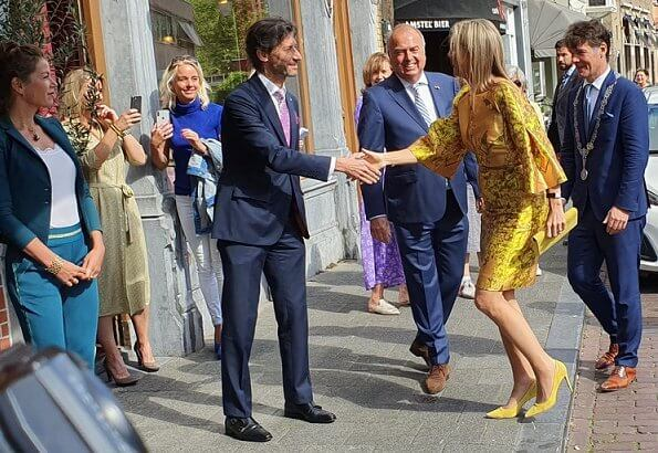 Queen Maxima wore Natan top and skirt, dress, Bodes and Bode juweliers earrings