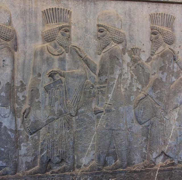 Persepoli: la processione dei doni
