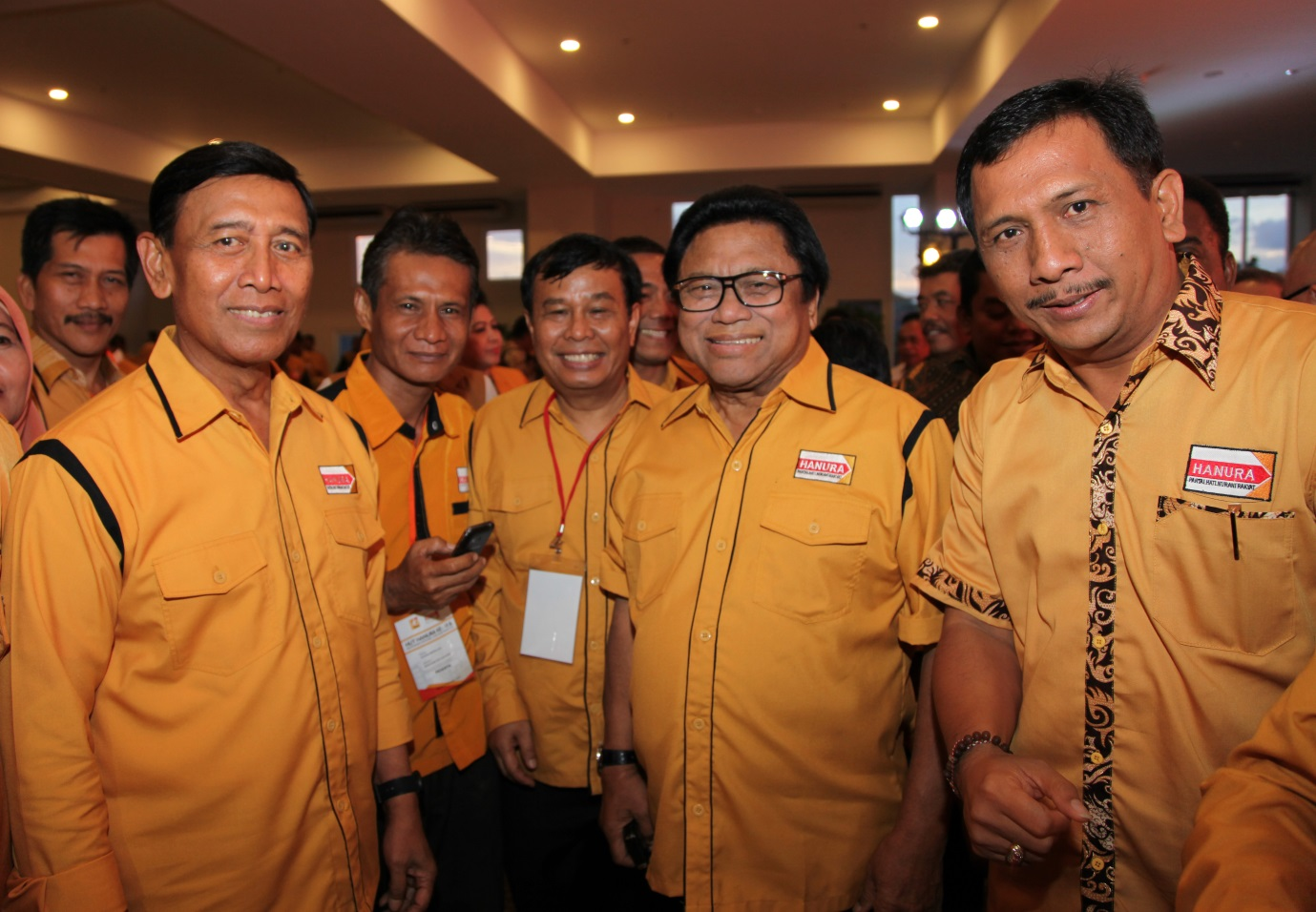 Ada Apa dengan Hanura? Oso Ancam Pecat Wiranto Bila Setuju dengan Sudding