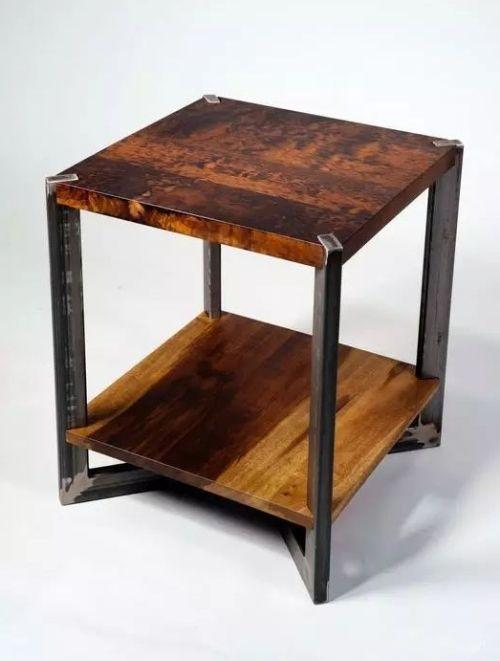 Mobila lemn si metal