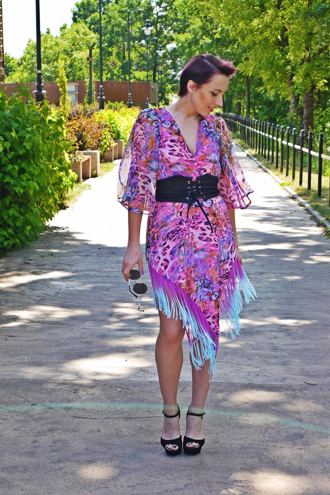 rozowe_kimono_karyn_blog_modowy_pasek_gorset_150617c