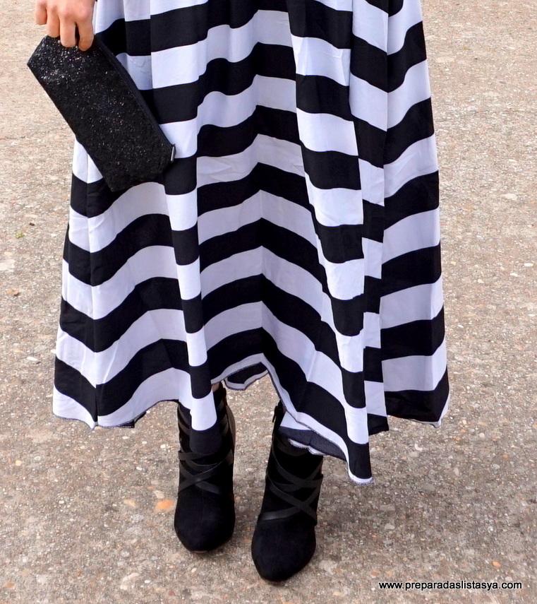 Falda rayas blanca y negra