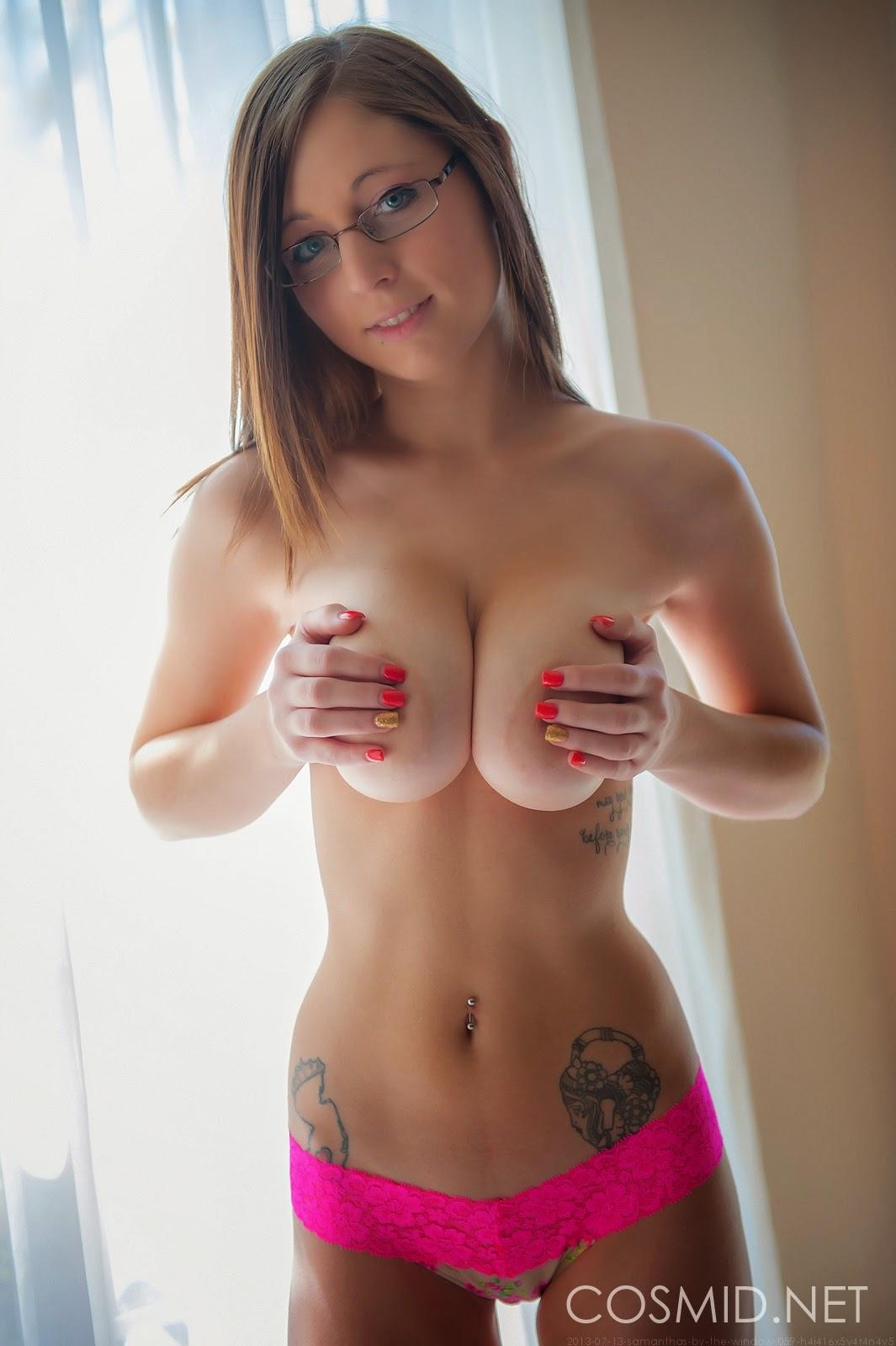 Nerd girls tits