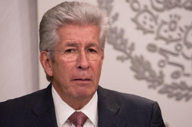 Ruiz Esparza amenaza e intimida a familiares de víctimas del socavón.