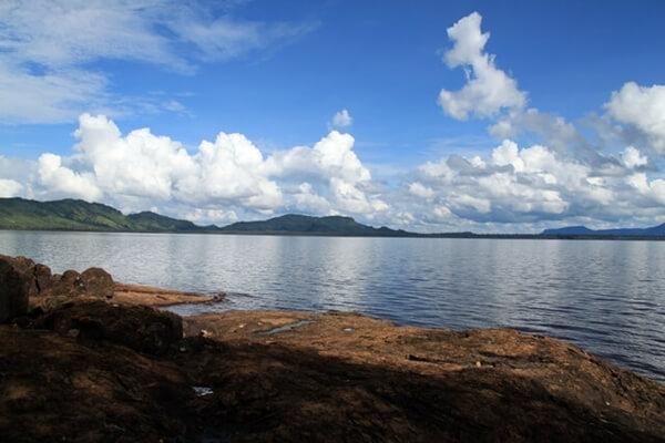 spot indah danau sentarum