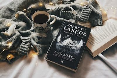 Srebrny łabędź - Amo Jones