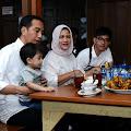 Kuliner, Presiden Jokowi dan Keluarga Nikmati Ayam Goreng Tembel di Sukoharjo