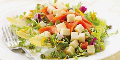 Easy smoked salmon with salad recipe