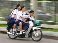 Kapolres Sekadau, AKBP Yury Nurhidayat SIK mewarning para orang tua untuk tidak mengizinkan anaknya yang belum cukup umur untuk mengendarai sepeda motor