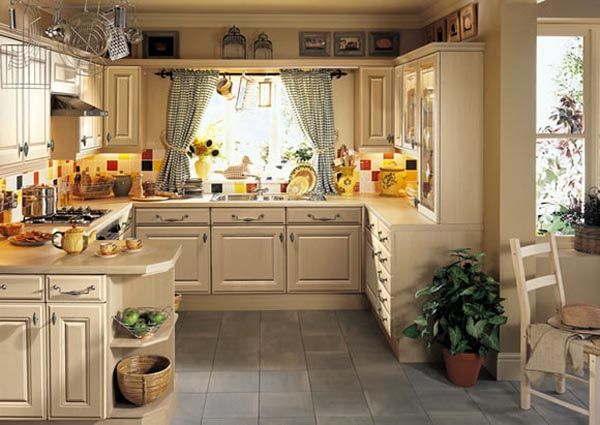 Home Decor Walls: Traditional Kitchen Cabinets Designs