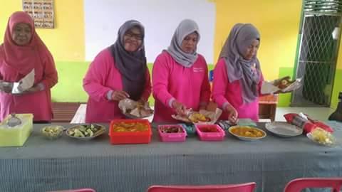 Kegiatan Rapat Guru Dilanjutkan dengan Acara Makan Bersama Menyambut Hari Raya IDUL ADHA Tahun 2016