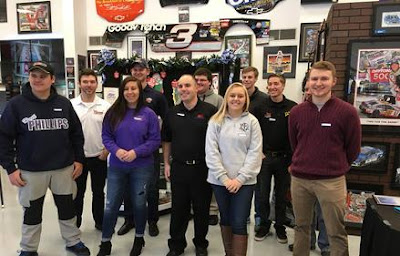 MDRmotorsports Driver Mentoring Meeting at Sam Bass Gallery