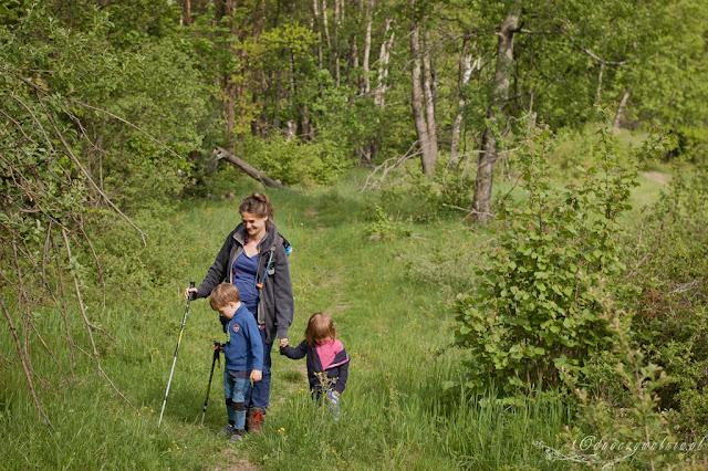 trekking góry z dzieckiem, dziećmi, aktywna rodzina