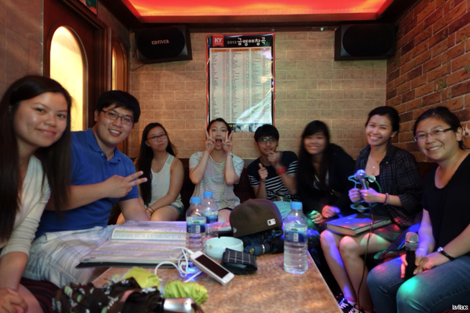 Seoul, Korea - Summer Study Abroad 2014 - Sinchon karaoke night