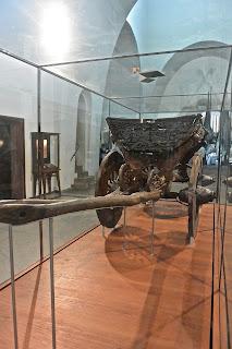 Oslo musée des nateaux vikings Chariot Viking trouvé dans le drakkar