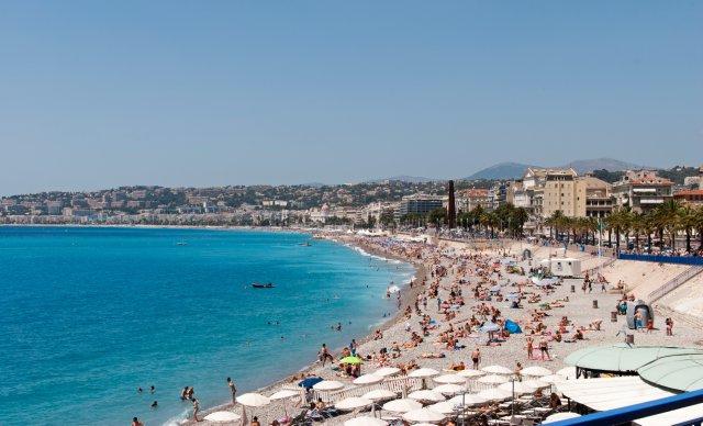 nizza-beach-oiva-eskola-poracci-in-viaggio