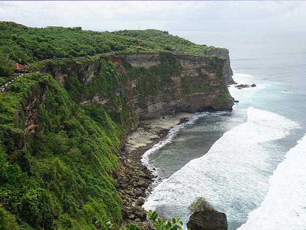 Inilah Tempat Wisata Yang Searah Dengan Uluwatu Bali