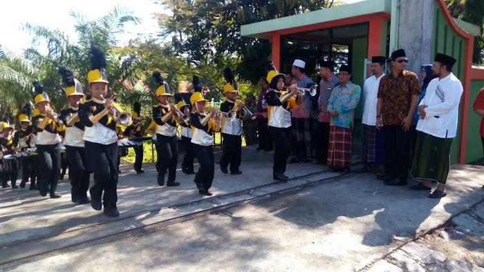 #AyoMondok: Silatnas Gerakan Nasional Ayo Mondok Dimeriahkan Parade Drum Band