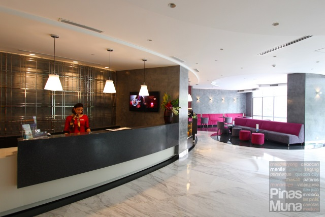 Main Lobby of Mercure Manila Ortigas