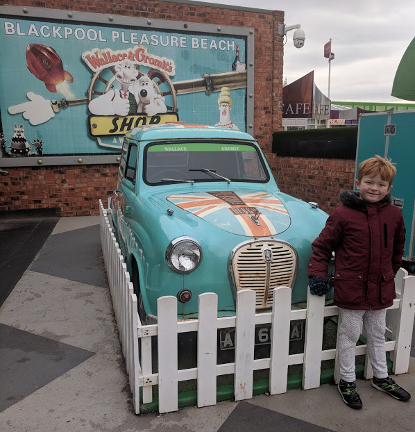 The Big Blue Hotel Blackpool | Pleasure Beach Package & Deluxe Family Room Review  - wallace and gromit ride