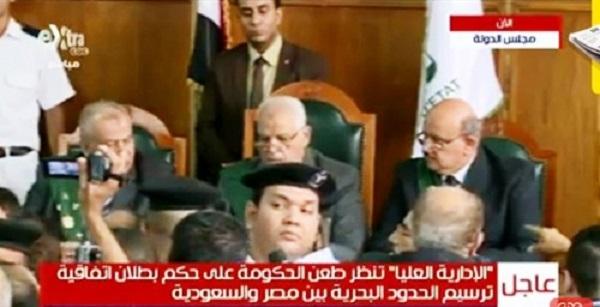 محامى الحكومة يصف التواجد المصرى فى  تيران وصنافير بالاحتلال