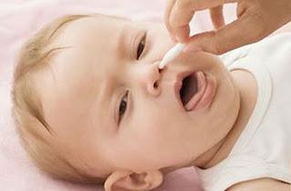 4 sai lầm thường gặp khi chữa viêm mũi dị ứng cho trẻ