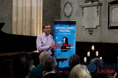 Robert Quinney lecturing at New College Chapel, Oxford Lieder Festival - photo Tom Herring