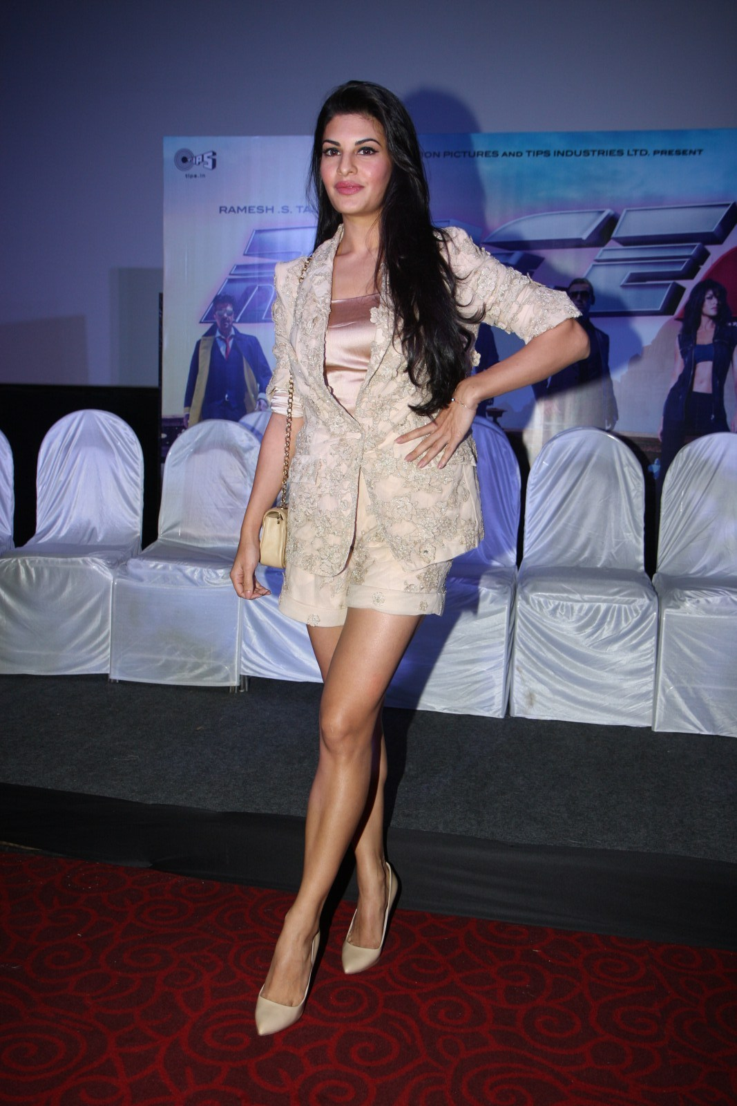 High Quality Bollywood Celebrity Pictures: Jacqueline ...