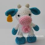 http://www.amigurumitogo.com/2017/08/small-crochet-cow-pattern-free.html