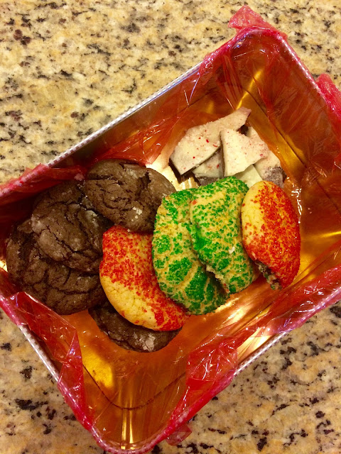 Easy Christmas cookie recipes for beginners: snickerdoodles, chocolate crinkles, sugar cookies, and peppermint bark!