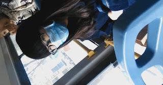 Clip: Bắn tinh vào tóc Em Nữ Sinh trên xe Bus @@