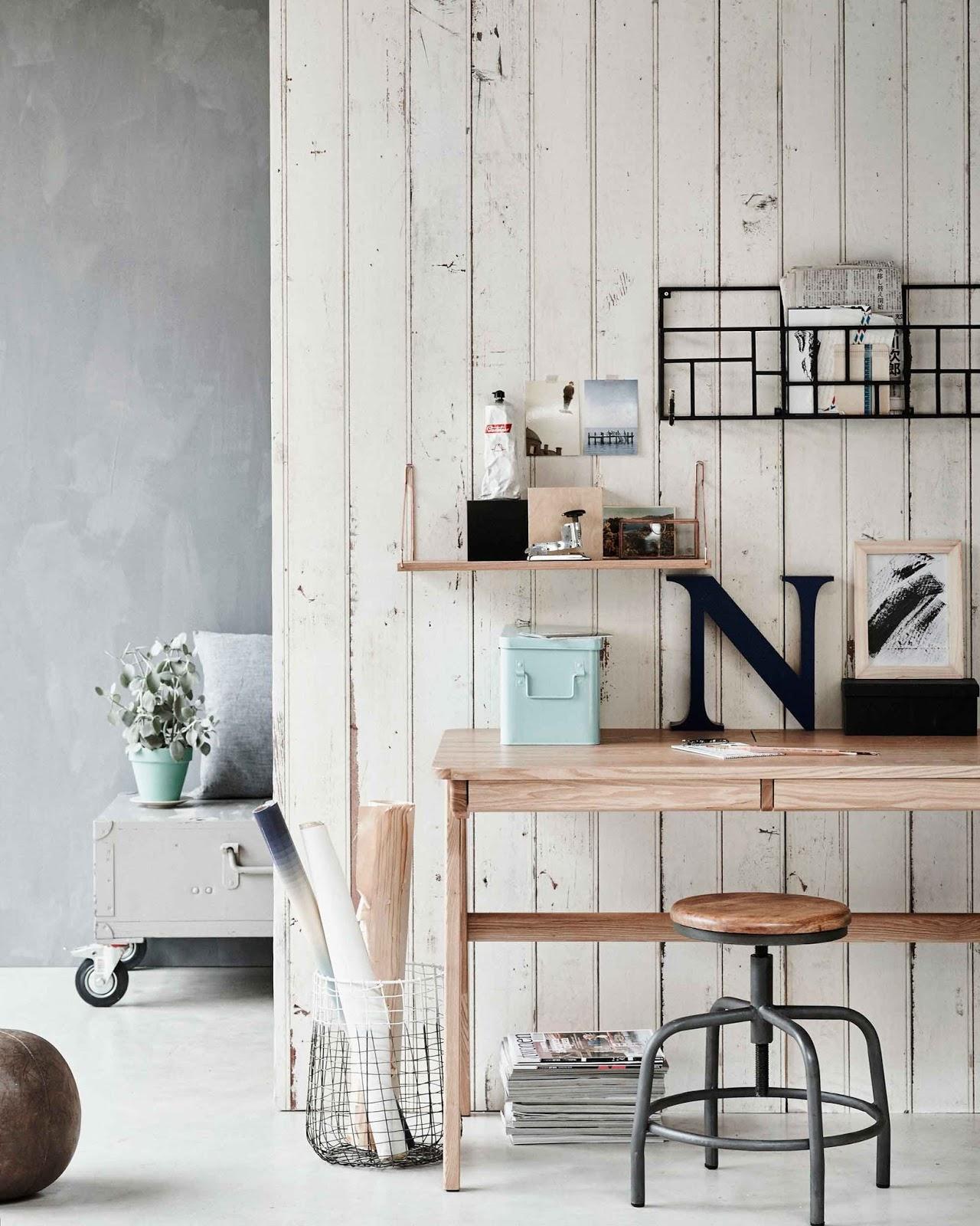 zona de trabajo en casa escritorio decoracion interiorismo barcelona alquimia deco low cost lowcost