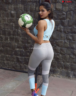 Kashish Chopra Stunning Plus Size Instagram Model Bikini Pics July 2018 ~ .xyz Exclusive Celebrity Pics 55