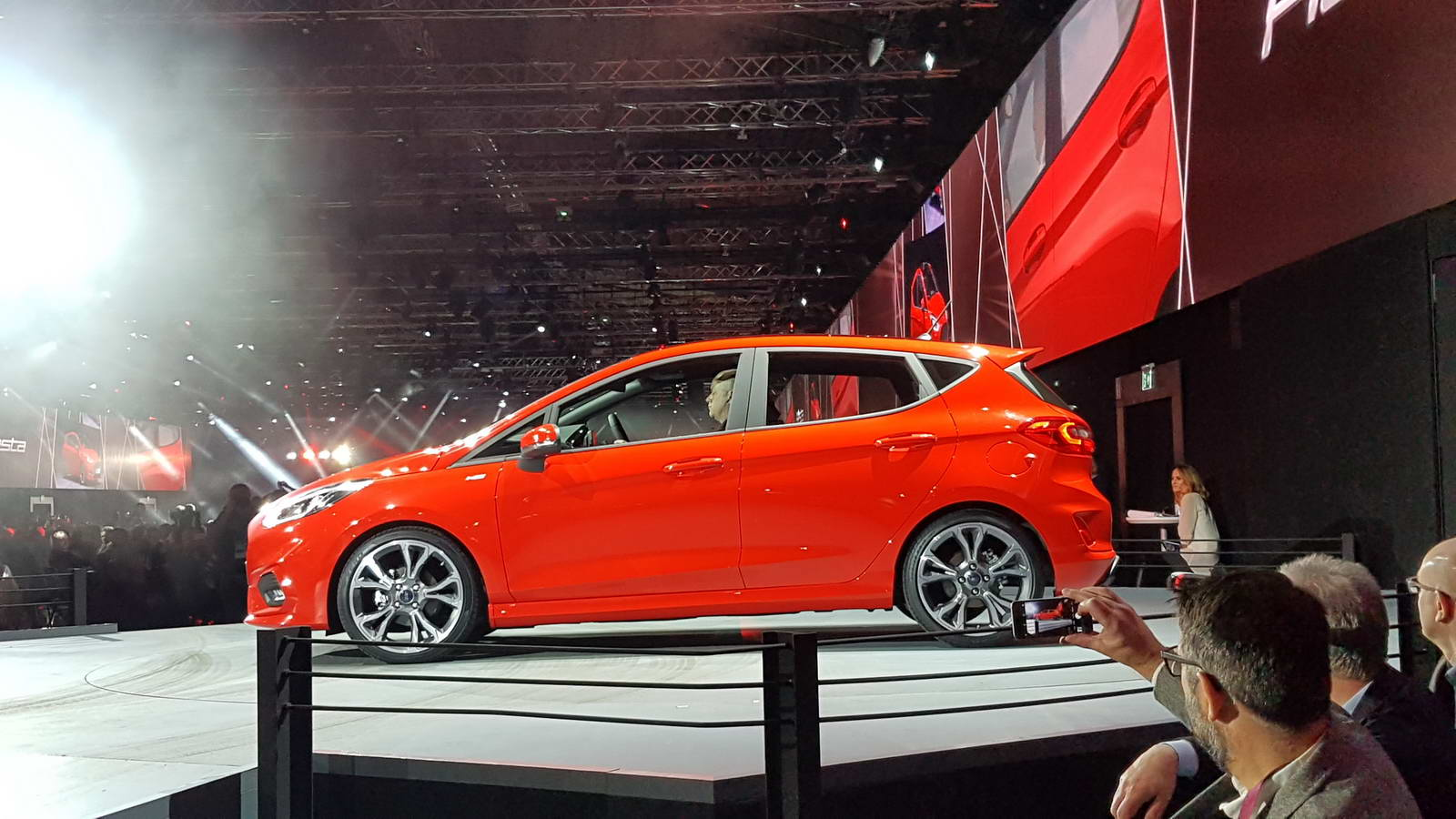 new 2017 ford fiesta goes upmarket comes with more tech. Black Bedroom Furniture Sets. Home Design Ideas