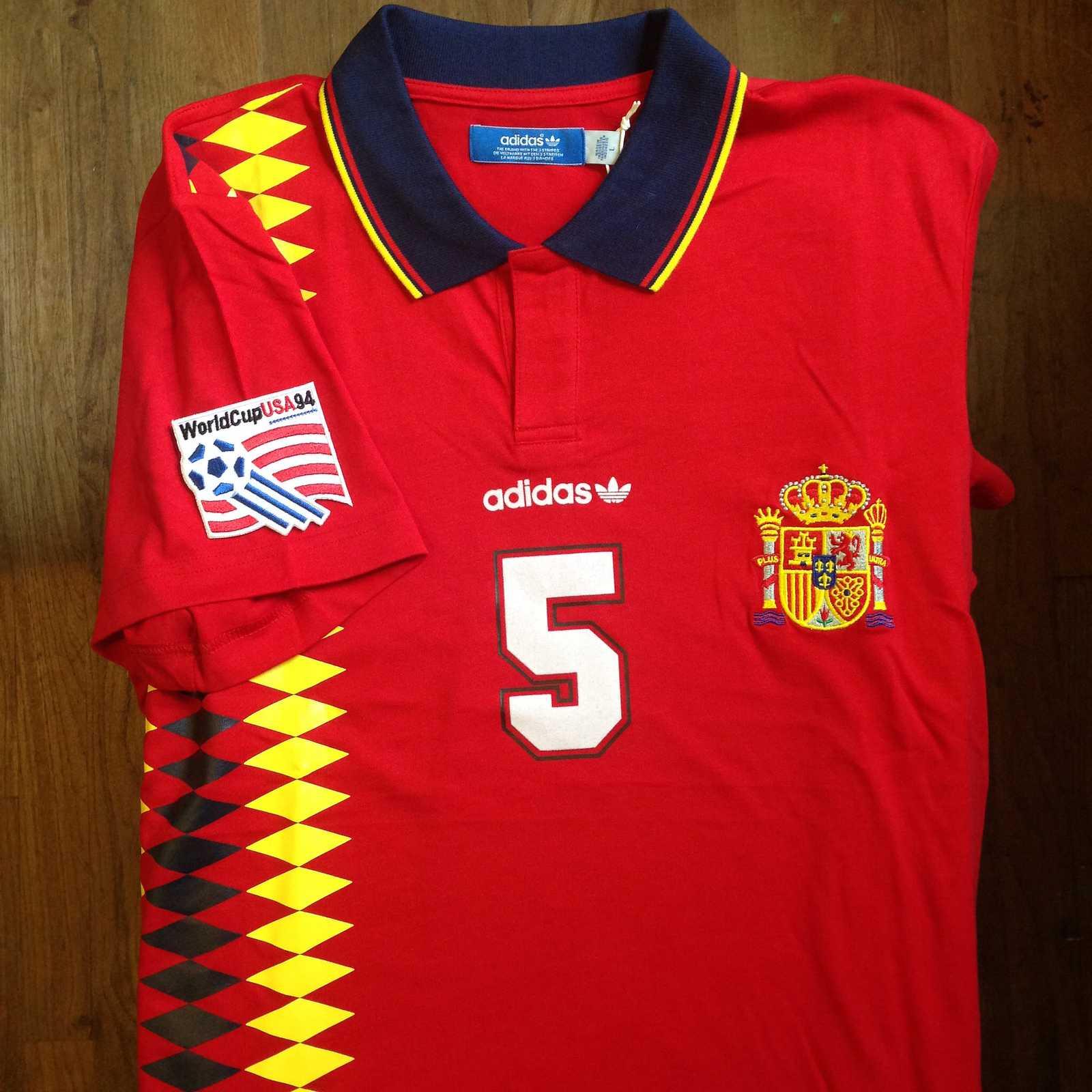 La camiseta de España para Rusia 2018 basa su diseño en la utilizada en EEUU 1994