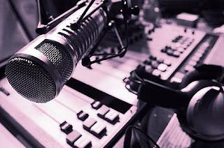 Radio Personality adalah Penyiar Radio (Ilmu Broadcasting Radio)