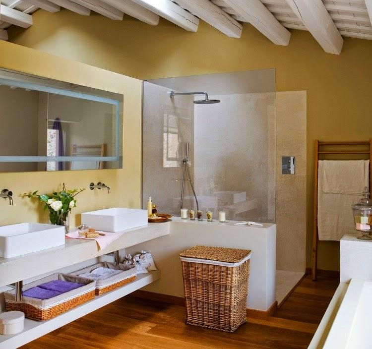 baño con ducha de cristal