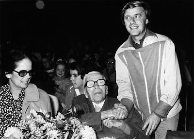 Чарльз Чаплин в цирке Кни незадолго до смерти, октябрь 1977 г.