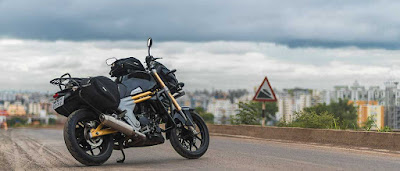 New 2016 Mahindra Mojo Tourer Edition HD Pictures