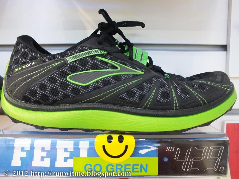 RUNNING WITH PASSION: Review: Brooks PureGrit PureProject