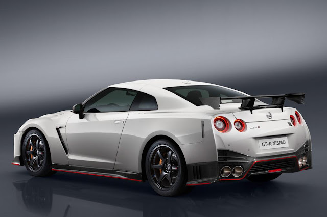 2016 Introduce New  Nissan GT-R Nismo Release edition back side view