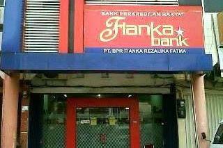 Lowongan Kerja PT. BPR Fianka Rezalina Fatma Pekanbaru November 2018