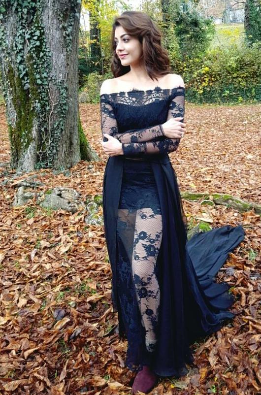 kajal agarwal hot in black dress photos