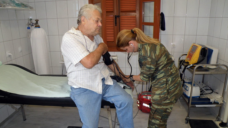Στρατιωτικό ιατρικό κλιμάκιο σε Λουτρό, Αύρα, Πυλαία