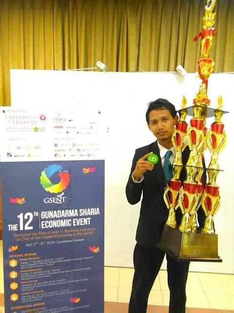 Penerima Beasiswa IZI Raih Juara Pertama Kompetisi Ekonomi Syariah Tingkat Nasional
