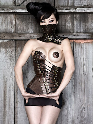 latex-cuero-leather